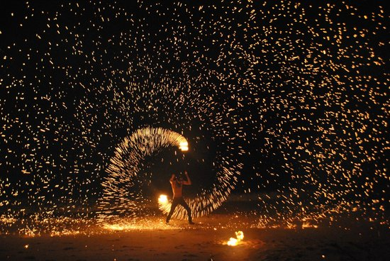 The Lotus Terraces: Fire dancer in front of our villa!