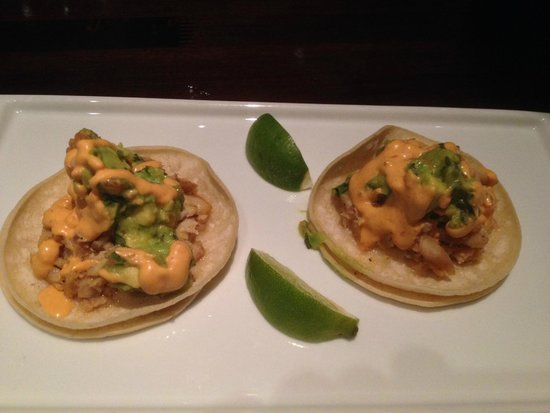 Urban Tavern: Fish tacos