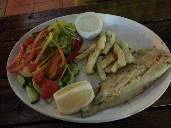 St Lucia Ski Boat Club: Calamari & hake combo with salad