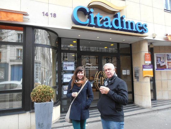 Citadines Bastille Gare de Lyon Paris: complimentary coffee from Hotel before we head to the Catacombes