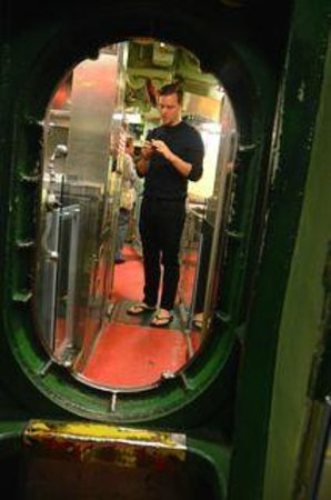 Intrepid Sea, Air & Space Museum: Inside Growler WWII Sub