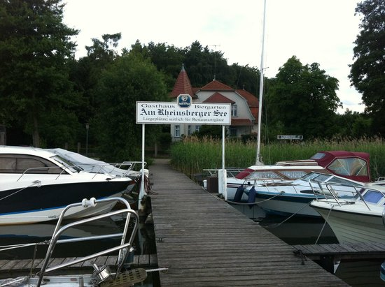 Gasthaus Am Rheinsberger See: The jetty