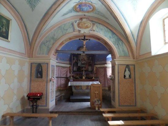 Nus, Itália: Interno del Santuario