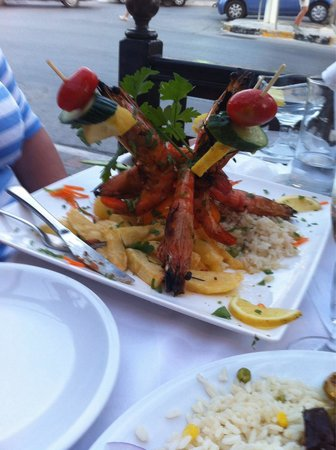 Restaurant Platanos: This is tiger prawns, one of many splendid dishes.