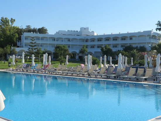 Louis Zante Beach Hotel : View from the pool
