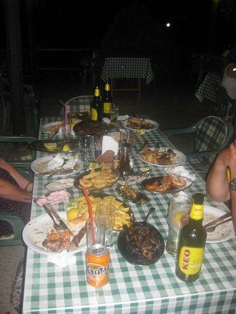 Costas Tavern