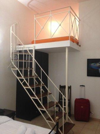Amerisa Suites: Номер без окна