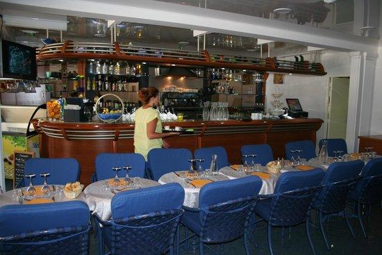 Côté Place, Restaurant Bar Glacier: l'entrée du restaurant