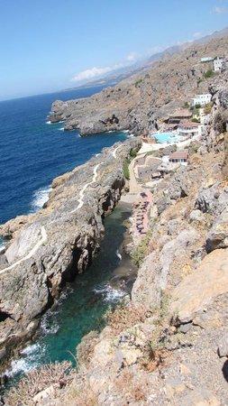 Kalypso Cretan Village: L'ensemble vu de la falaise