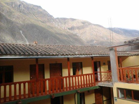 Inka Paradise Hotel: 2 storey building, view