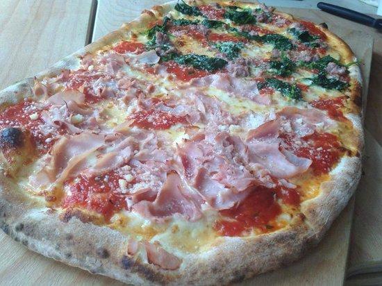 Pizzeria Ristorante Da Pasquale: pizza a metro