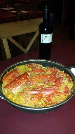 A Taberna do Varadoiro: La mejor cena de hace mucho tiempo . La foto lo dice todo.lo mejor la amabilidad y profesionalid