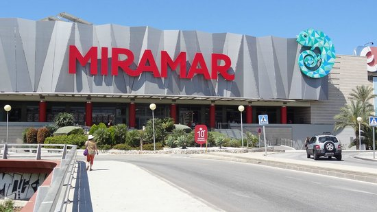 Stella Maris Apartamentos: Miramar Shopping Mall