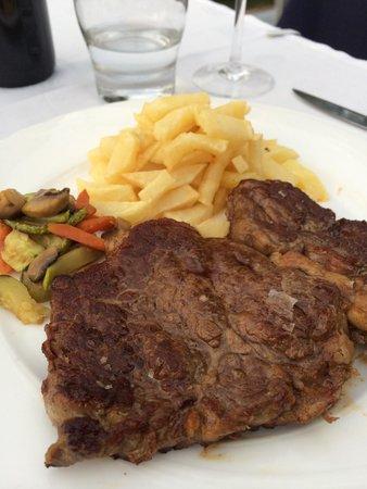 Es Mollet: Steak mit hausgemachten Pommes Frites!!