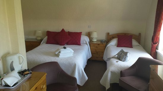 Sunningdale Guest House: Room 12