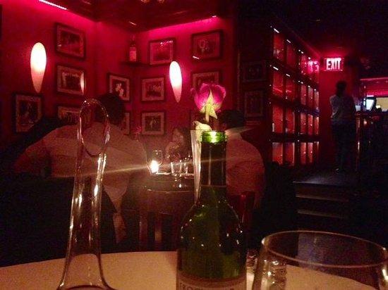 Club A Steakhouse: Decor