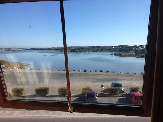 Caisleain Oir Hotel: View out the room window