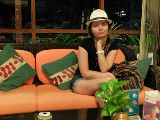 BEST WESTERN Phuket Ocean Resort: Я сгорела, хотя у меня смуглая кожа, и я никогда в жизни не сгорала