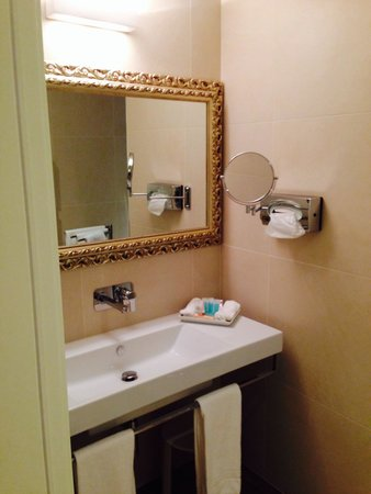 Hotel San Pietro: Sala bagno