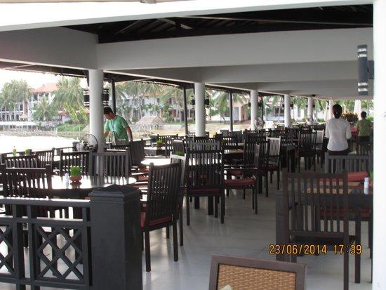 Hoi An Beach Resort: Restaurant/Breakfast area