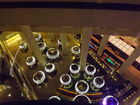 Pan Pacific Singapore: View looking down to the bar