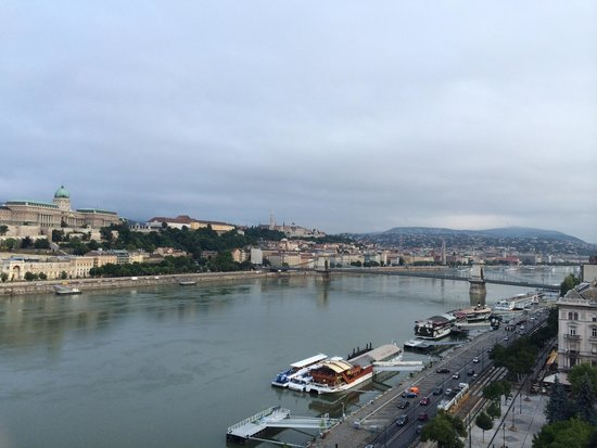 Budapest Marriott Hotel: View from Executive Lounge patio