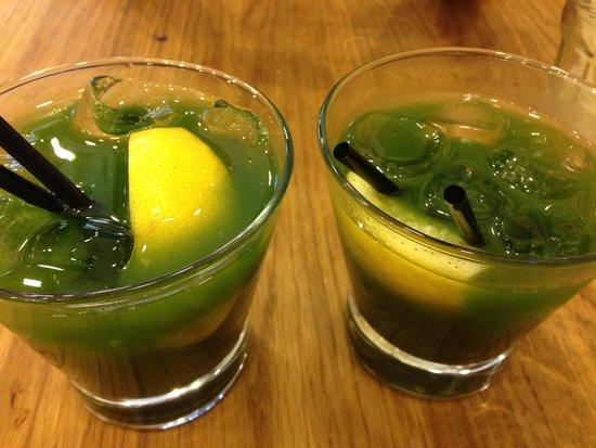 Bia Mara : Gin & Basil smash cocktail