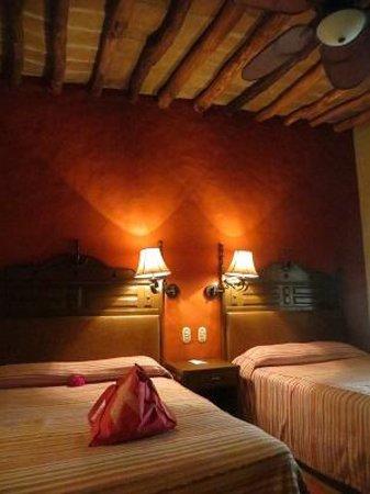 Hotel Posada del Hidalgo: Extremely comfortable room