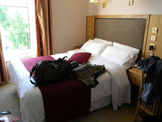 Roxford Lodge Hotel: our room