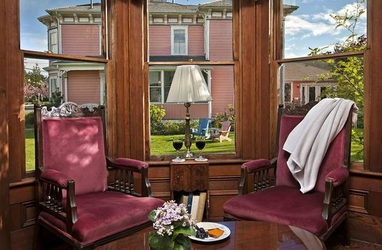 Blue Goose Inn Bed and Breakfast: Quarterdeck Suite (Coupe House)