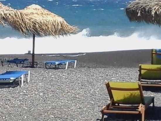 Rose Bay Hotel: spiaggia di kamari