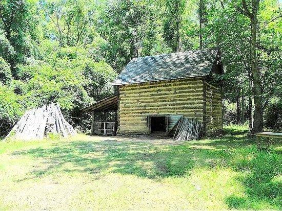 Duke Homestead : tobacco curing barn 1870