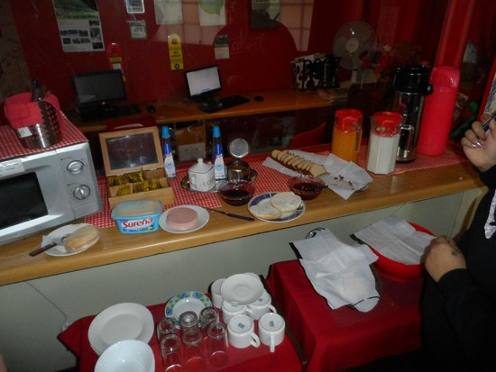 Traveller's Place Hostel: desayuno