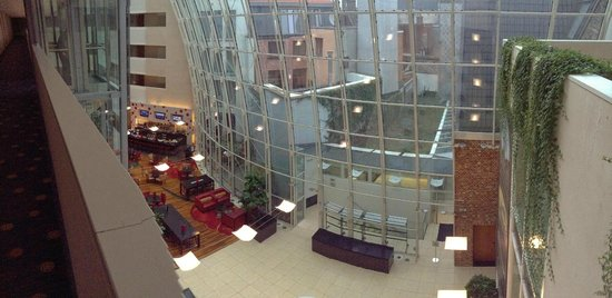 Ghent Marriott Hotel: The main foyer