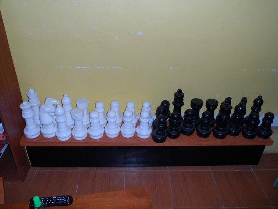 Traveller's Place Hostel : ajedrez gigante