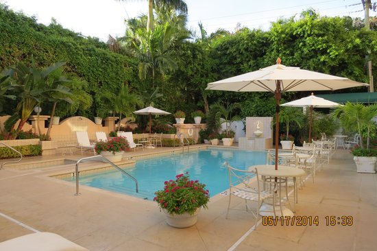 The Chesterfield Palm Beach: Great pool area