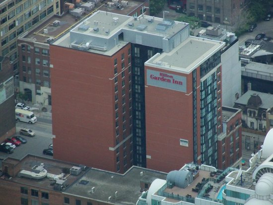 Hilton Garden Inn Toronto Downtown : View of the HGI from the CN Tower