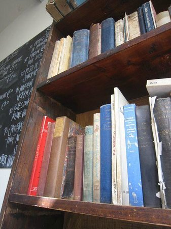 The Winding Stair : Eating in a bookshop