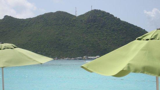 Sonesta Great Bay Beach Resort, Casino & Spa: From the beach bar