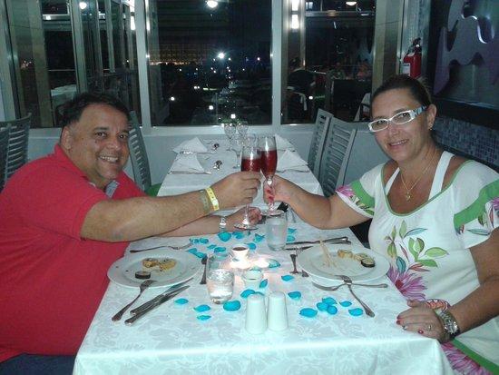 Hotel Riu Palace Peninsula: Brindamos o último jantar e o breve retorno...