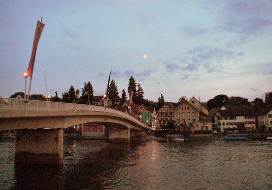 Hotel Rheinfels: ライン川に面するホテル