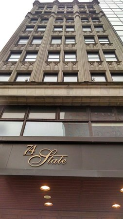 Fairfield Inn & Suites Albany Downtown : An historic facade