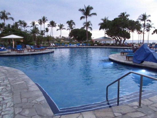 Mauna Lani Bay Hotel & Bungalows: pool