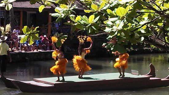 Polynesian Cultural Center: Amazing luau