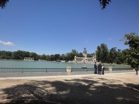 Retiro Park (Parque del Retiro): Lindo