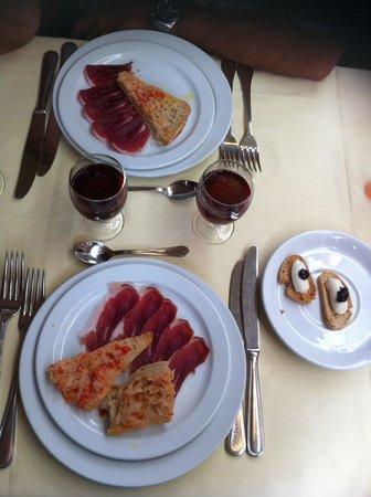 El Tablao de Carmen: The food - oh my oh my!!!!
