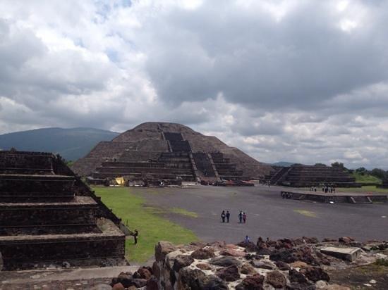 Pyramid of the Sun: llegando