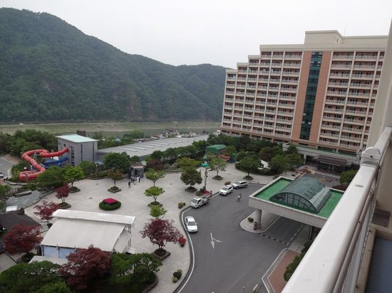 Daemyung Resort Danyang: 部屋かrの景色