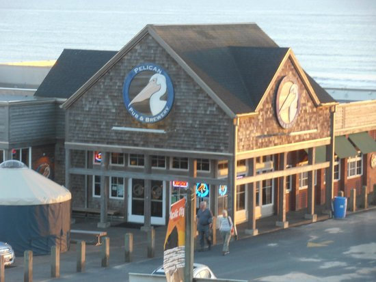 Pelican Pub & Brewery: Pelican Pub