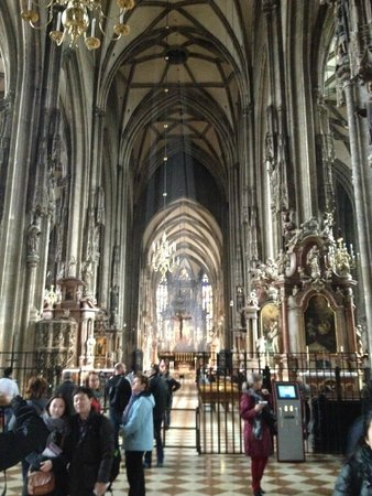 Cathédrale Saint-Étienne (Stephansdom) : 内部